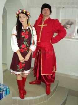 858ba03cd50354 Купити Українські костюми жіночий бордовий і чоловічий червоний ...